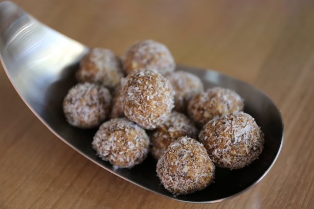 Nut and date truffles