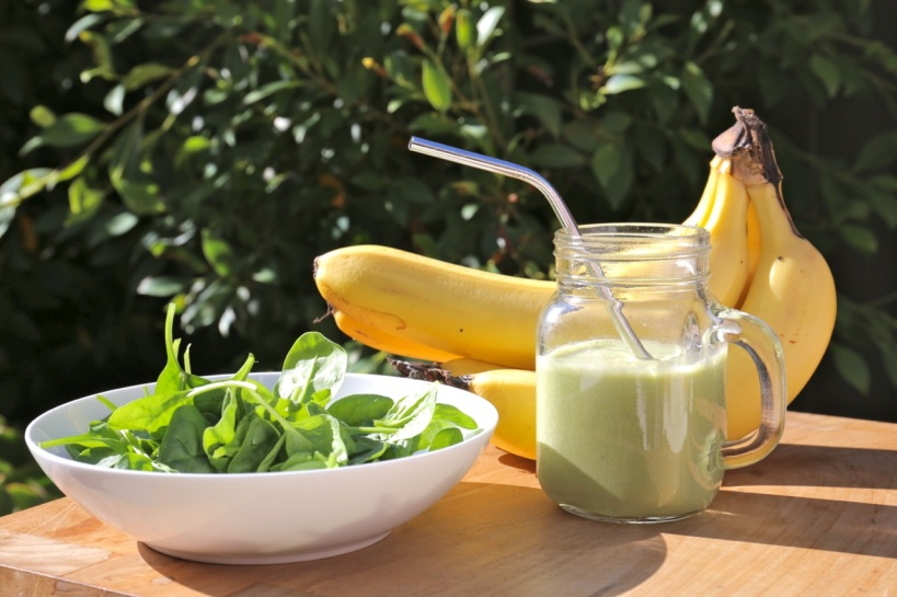 spinach and banana popeye smoothie